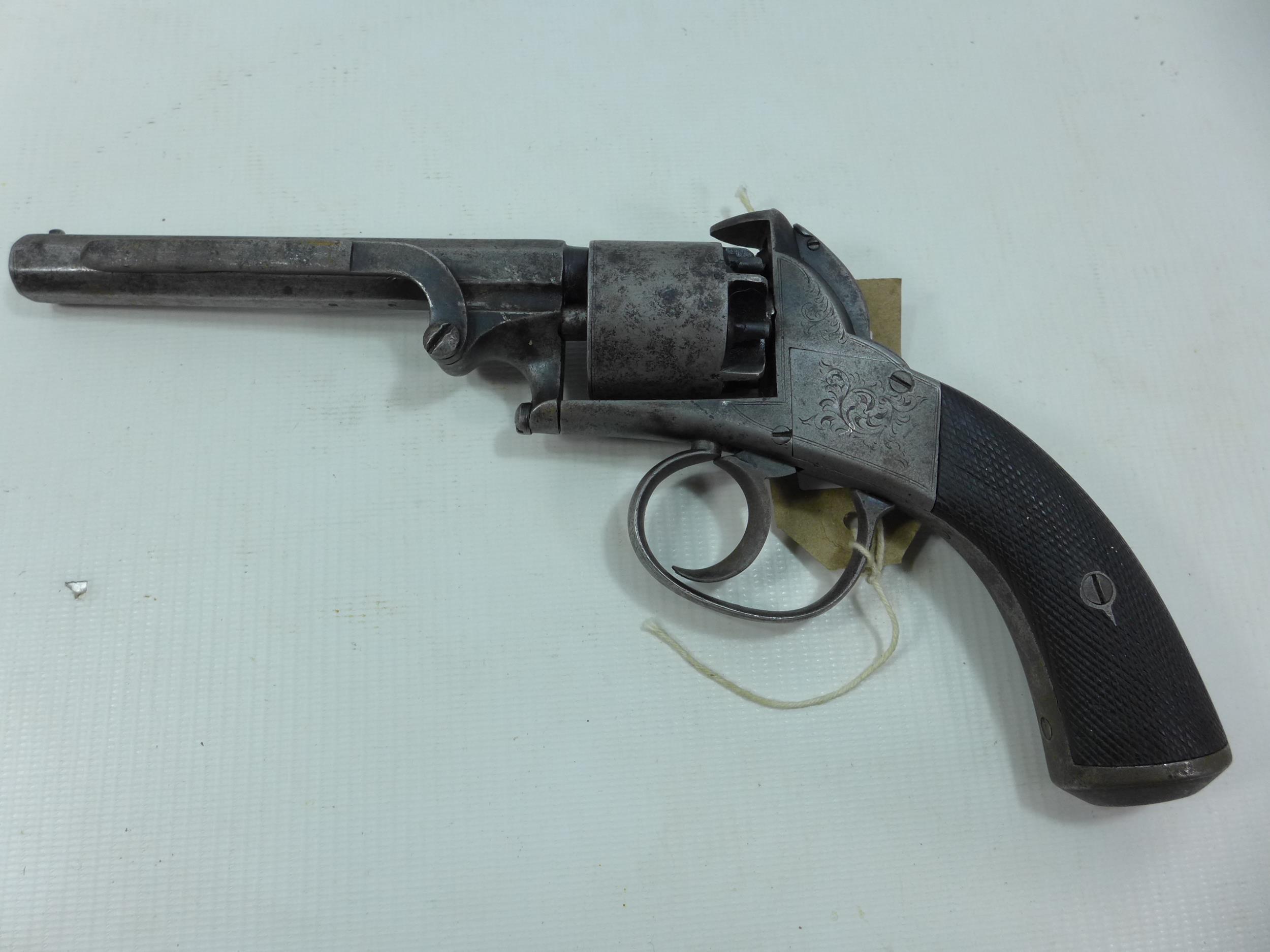 A 19TH CENTURY WEBLEY BENTLEY FIVE SHOT DOUBLE ACTION PERCUSION CAP SPURLESS REVOLVER, 13CM