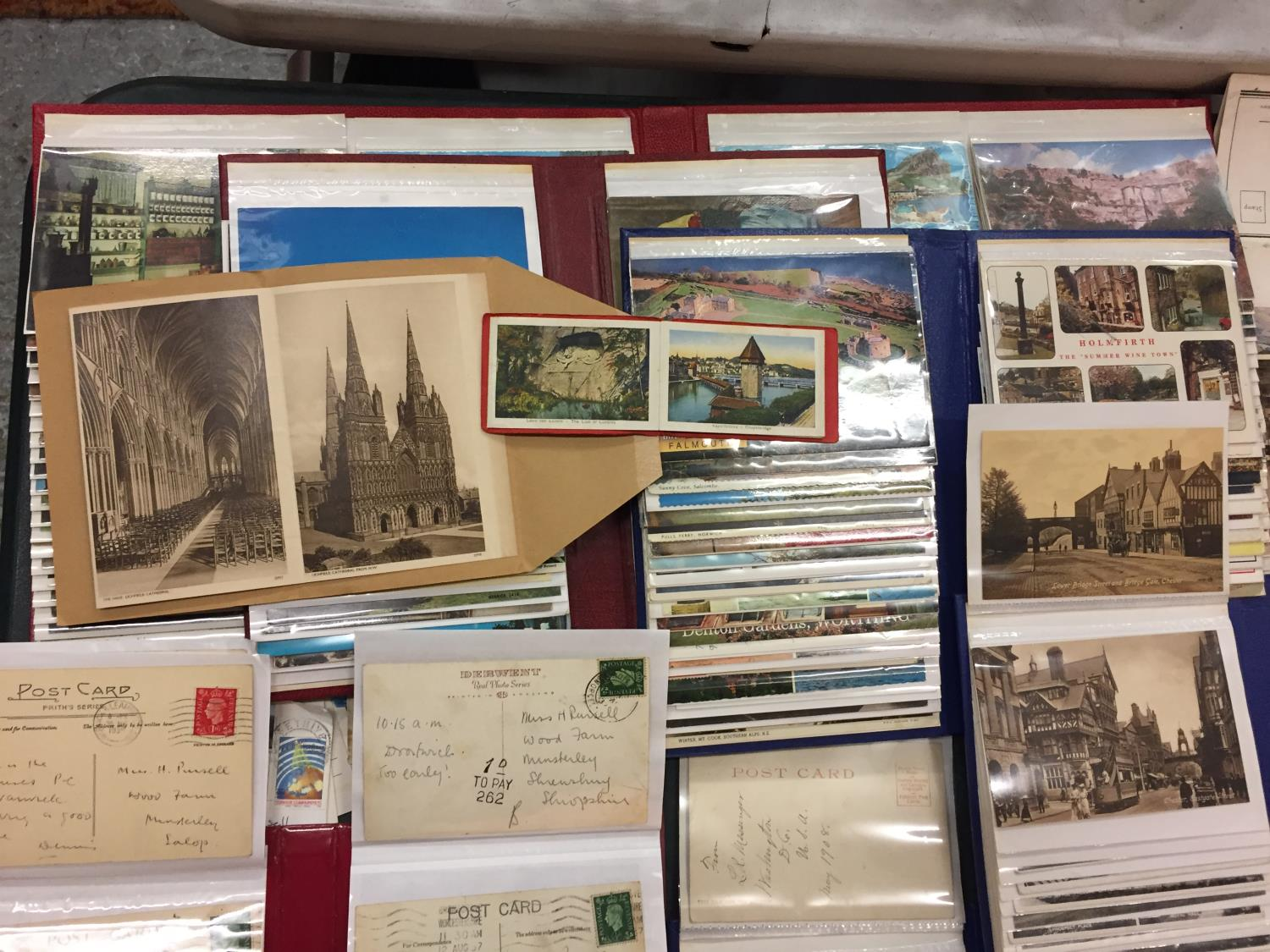 A LARGE COLLECTION OF 550+ ANTIQUE AND VINTAGE POSTCARDS RANGING FROM 1908-1970'S. MAINLEY UK - SOME - Image 6 of 14
