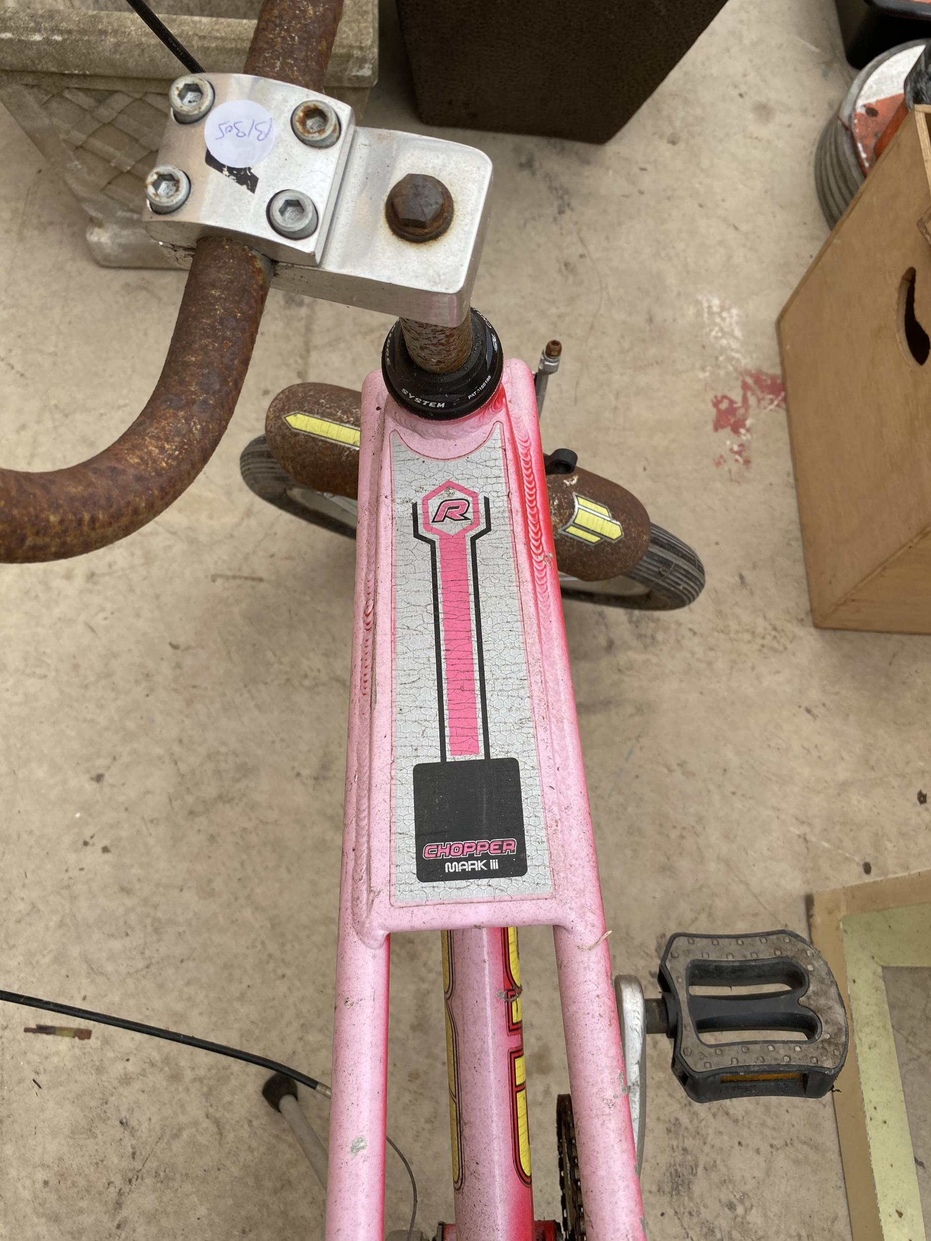A RALEIGH CHOPPER MARK 3 BICYCLE - Image 7 of 7