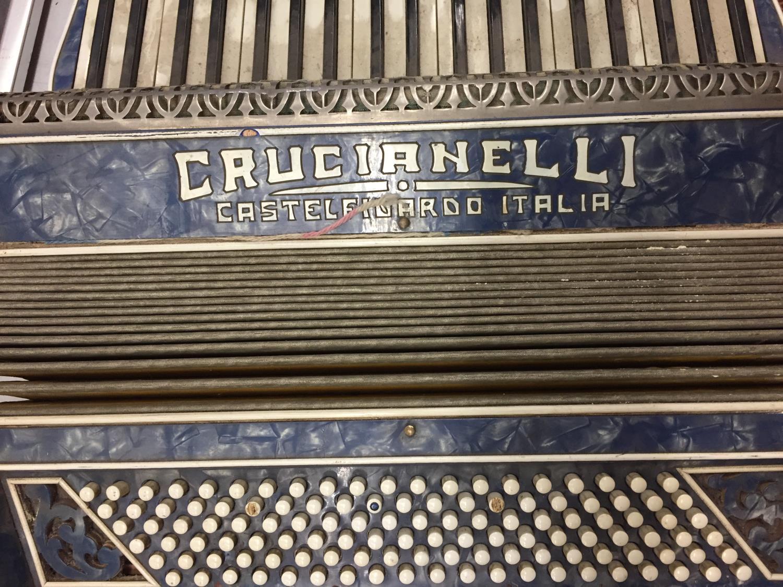 A VINTAGE CRUCIANELLI , CASTELFIDARDO- ITALIA ACCORDIAN - Image 7 of 8