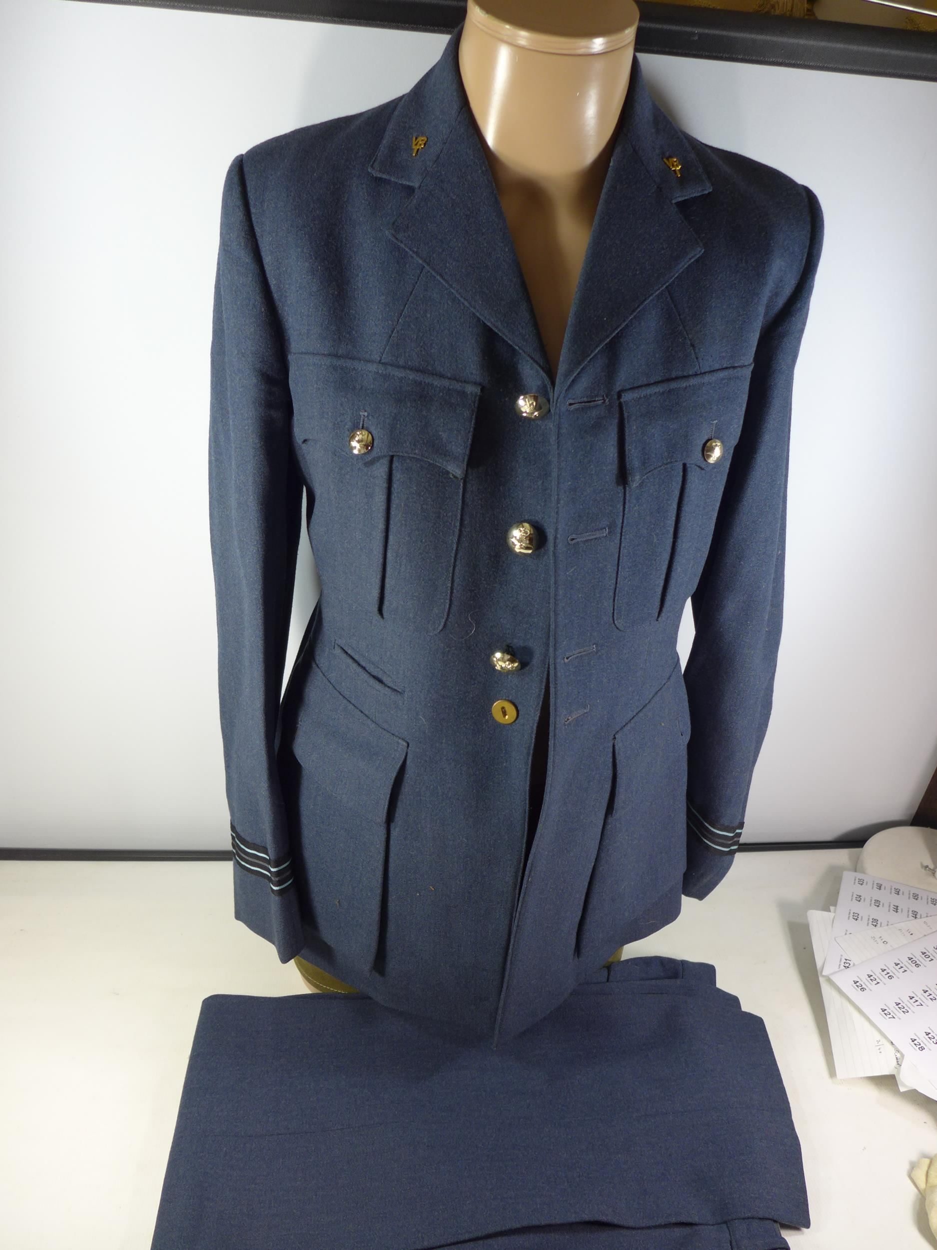 A RAF NO.1 DRESS WARRANT OFFICERS UNIFORM COMPRISING OF A JACKET AND TROUSERS, SEE IMAGE FOR SIZE