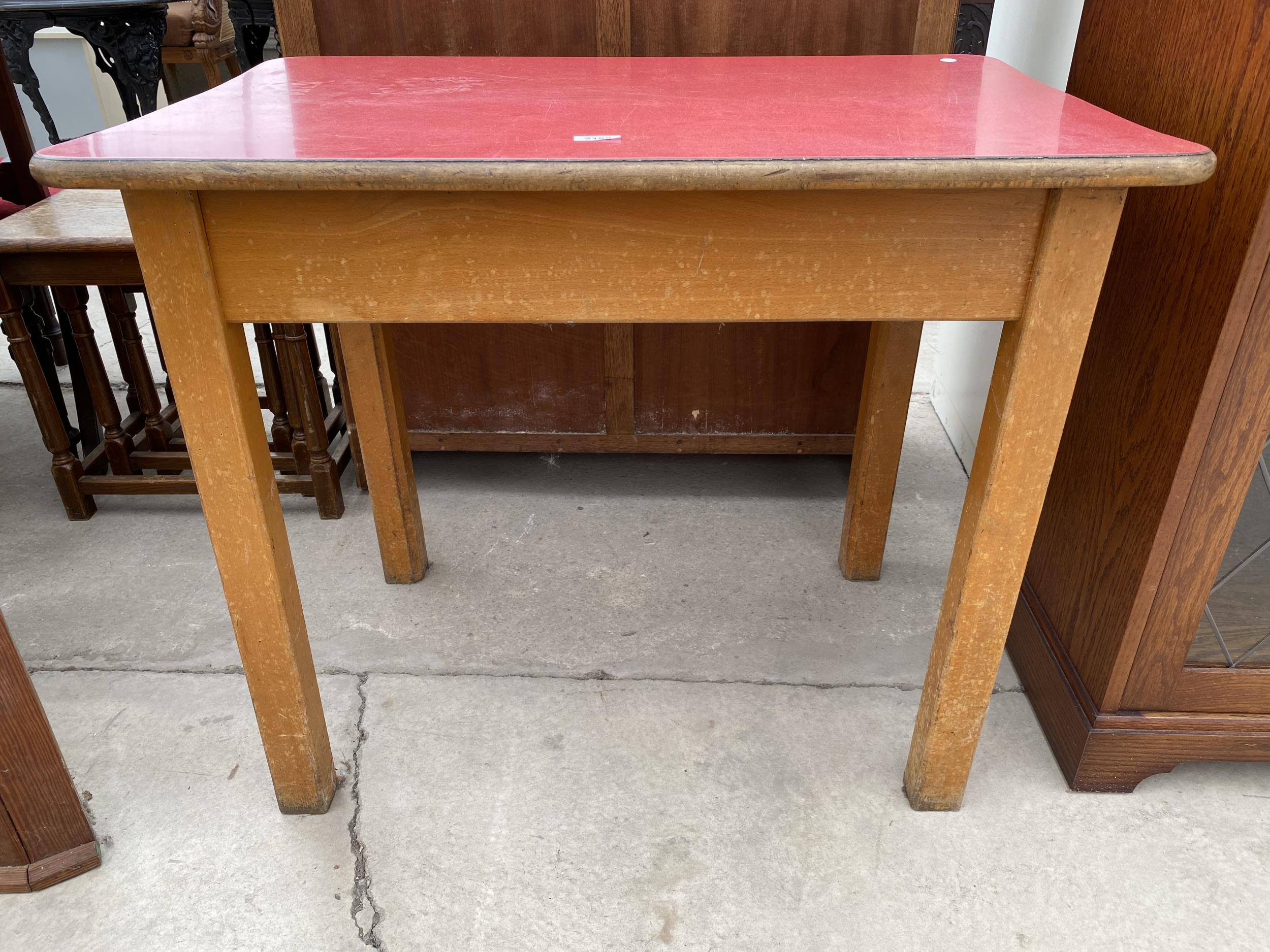 """A 1950'S FORMICA TOP TABLE 35""""X22.5"""" - Image 2 of 2"""