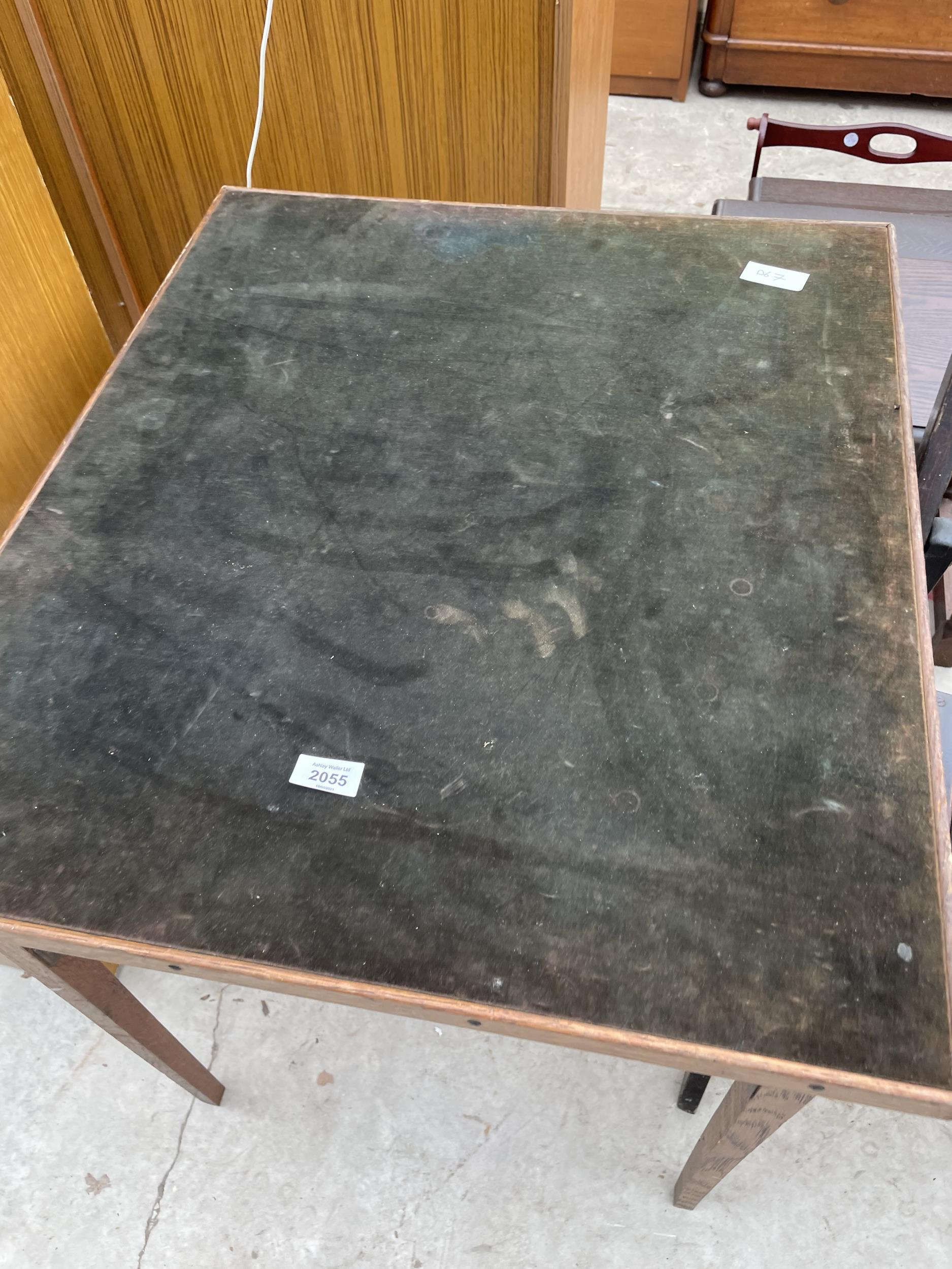 A FOLDING CARD TABLE AND CHAIR, JARDINIER STAND AND PAINTED OCCASIONAL TABLE - Image 3 of 6