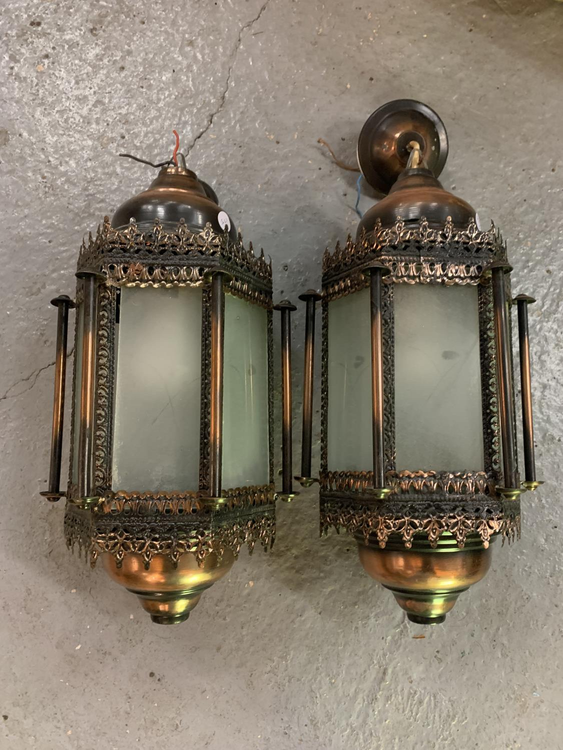 TWO MORROCAN STYLE LIGHTS WITH GLASS PANELS - Image 2 of 6