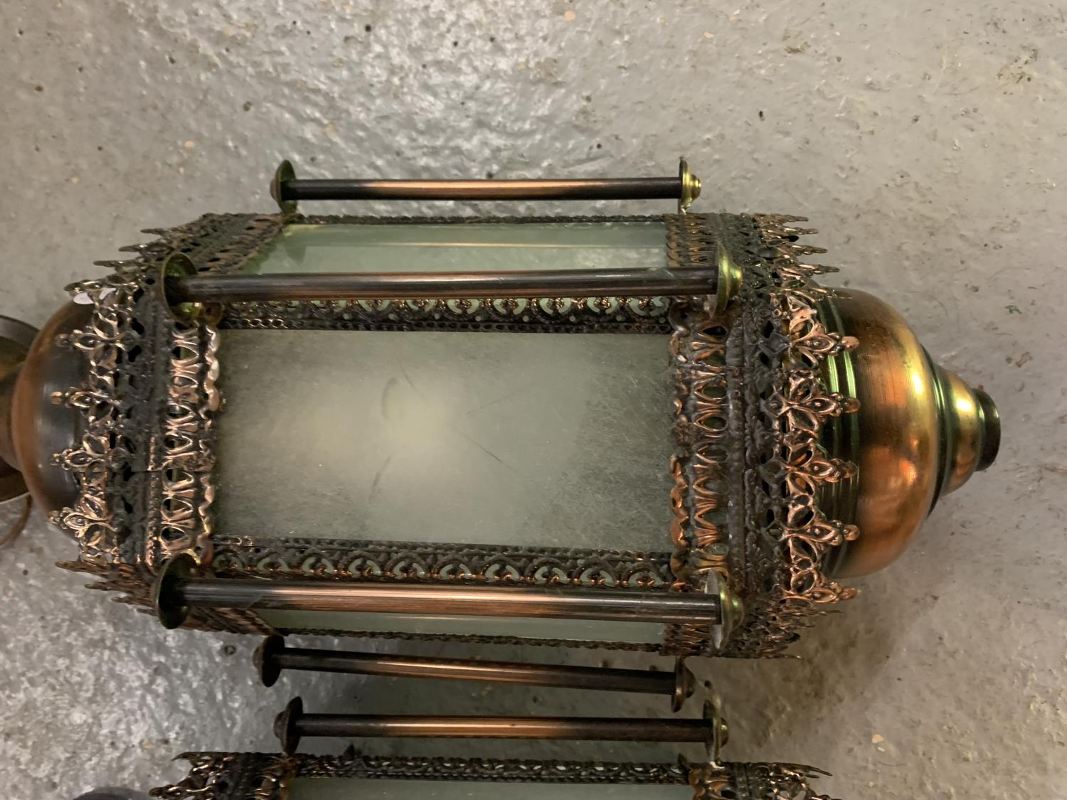 TWO MORROCAN STYLE LIGHTS WITH GLASS PANELS - Image 3 of 6