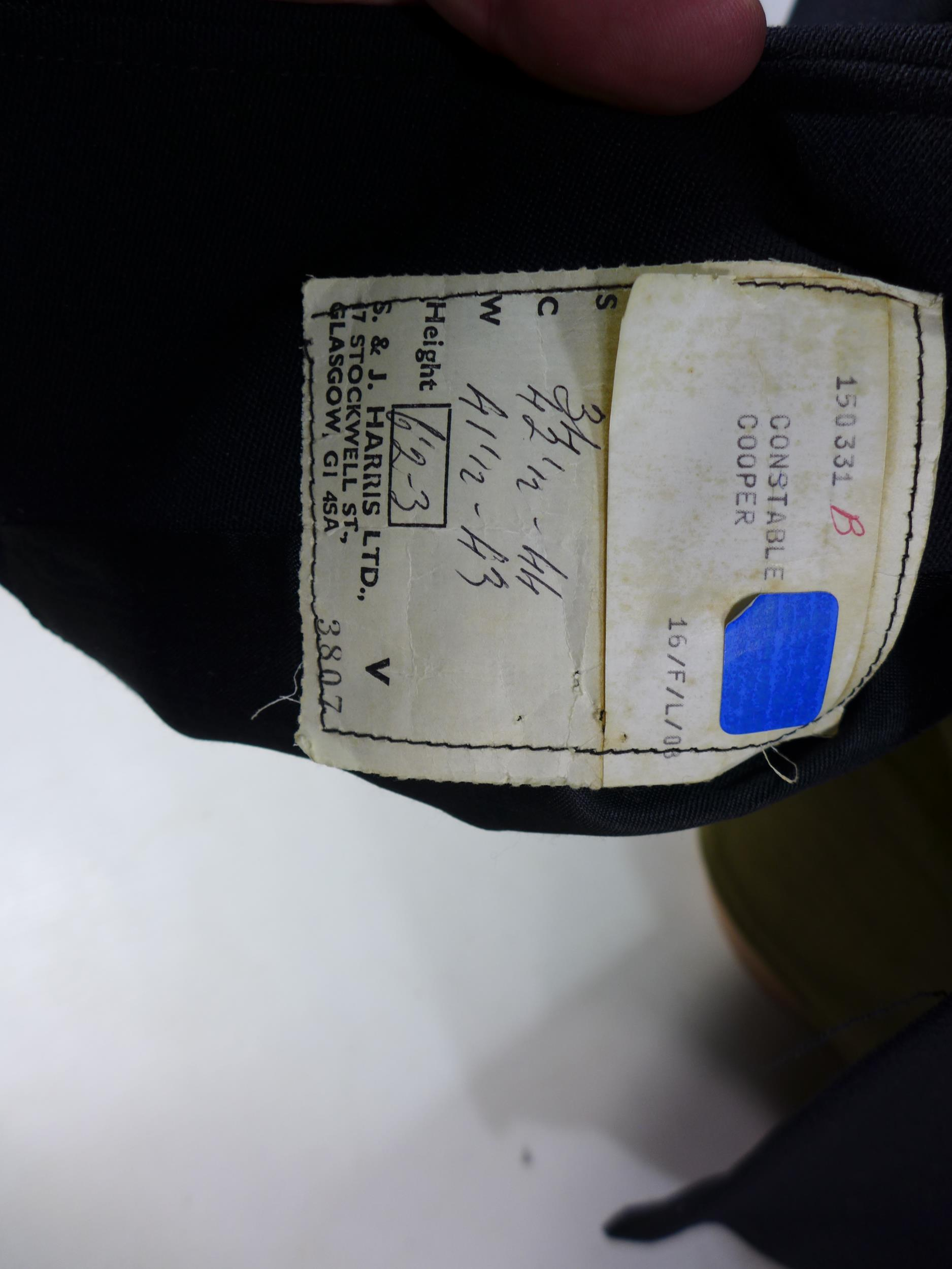 A SCOTTISH POLICE CONSTABLES UNIFORM BY HARRIS OF GLASGOW, SEE IMAGE FOR SIZE - Image 2 of 3