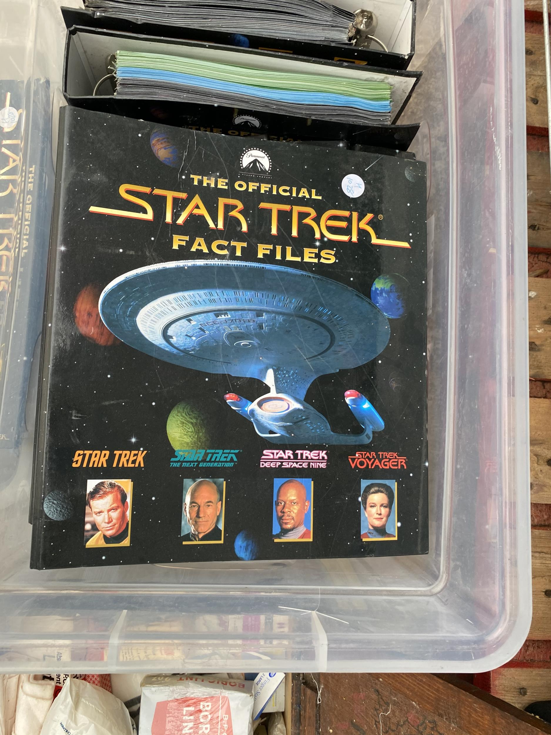 A LARGE QUANTITY OF STAR TREK FACT FILES - Image 2 of 2
