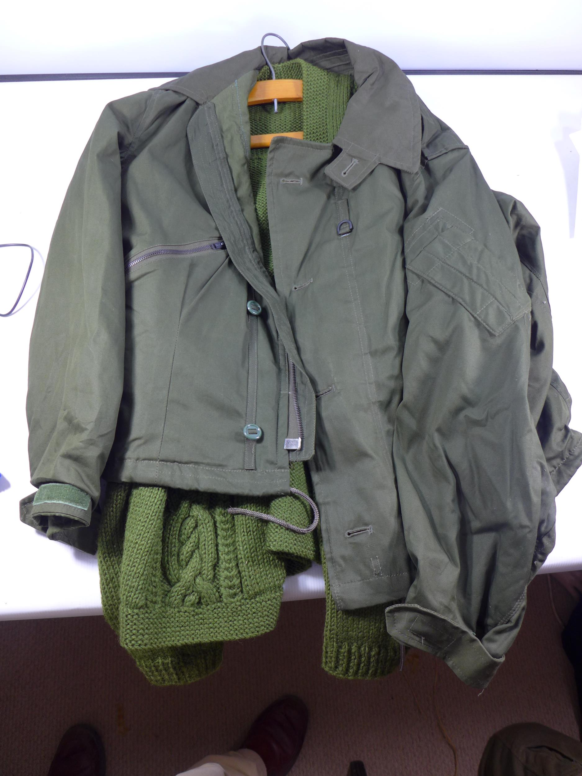 A CAMOUFLAGE SMOCK COMBAT UNIFORM, SIZE S COMPRISING OF A COAT AND TROUSERS, HAT ETC ALSO A - Image 3 of 4