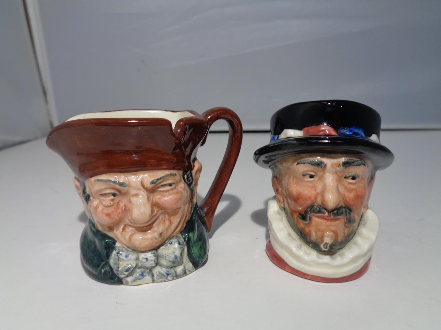 TWO MINIATURE ROYAL DOULTON TOBY JUGS 'BEEFEATER' AND 'OLD CHARLEY' - Image 2 of 6