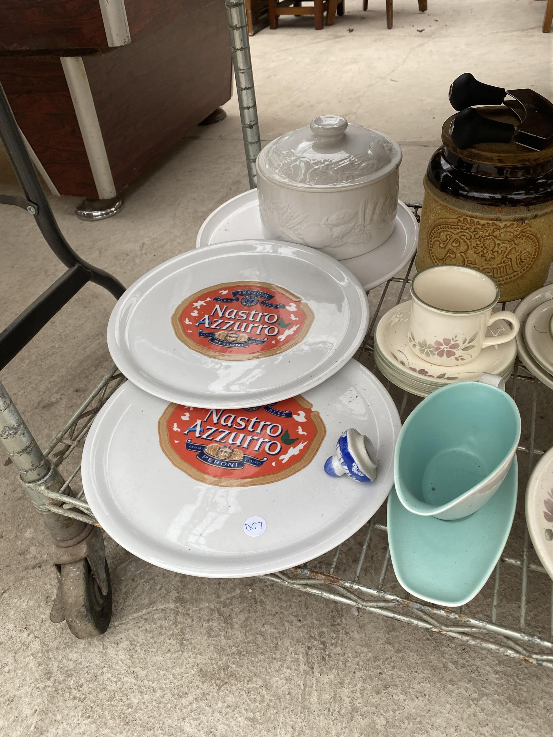 AN ASSORTMENT OF CERAMIC WARE TO INCLUDE PLATES, JUGS, AND TRIOS ETC - Image 3 of 4