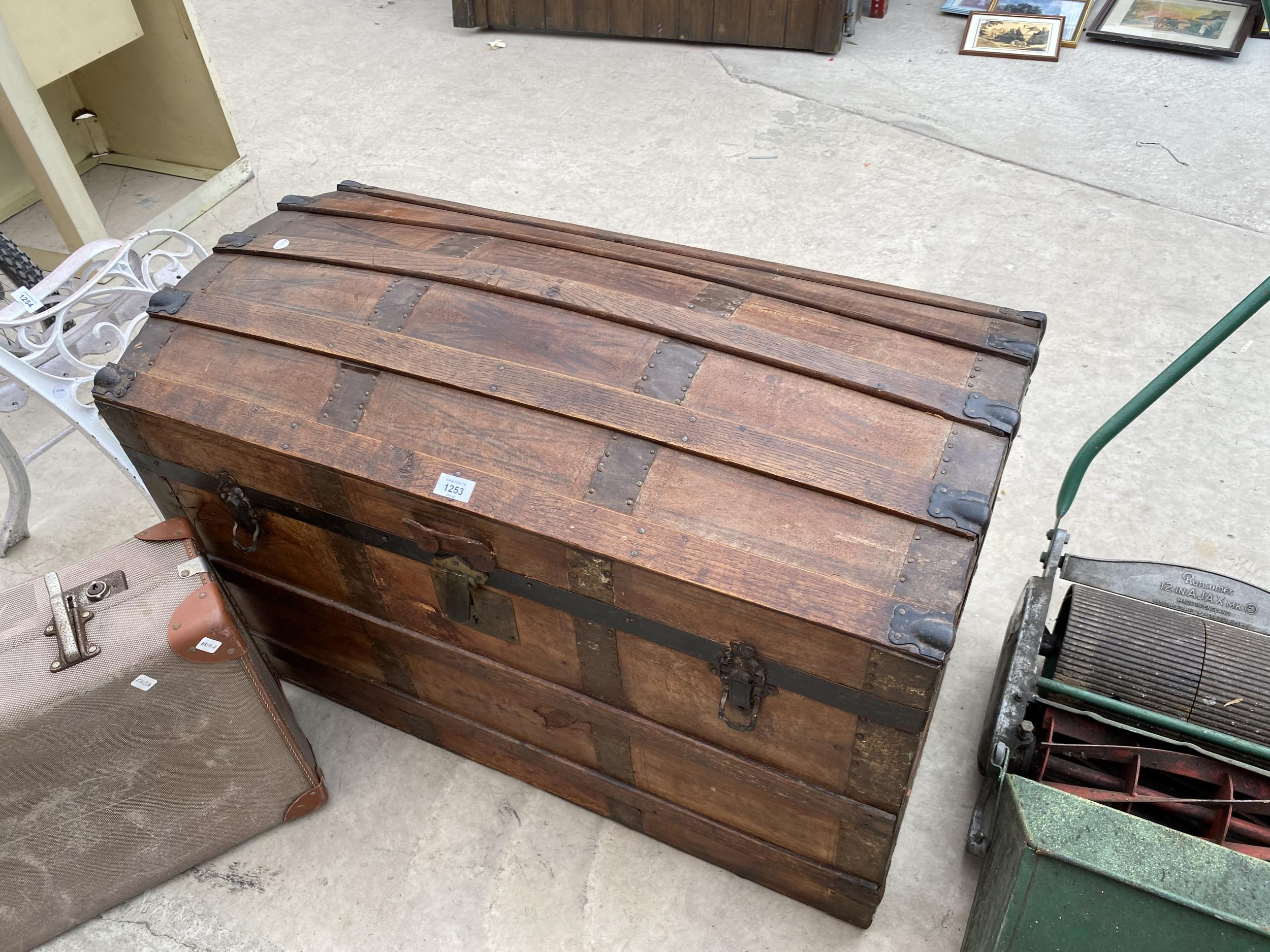 A VINTAGE WOODEN STORAGE CHEST WITH DECORATIVE WOODEN BANDING AND METAL STUD WORK AND A FURTHER - Image 2 of 4