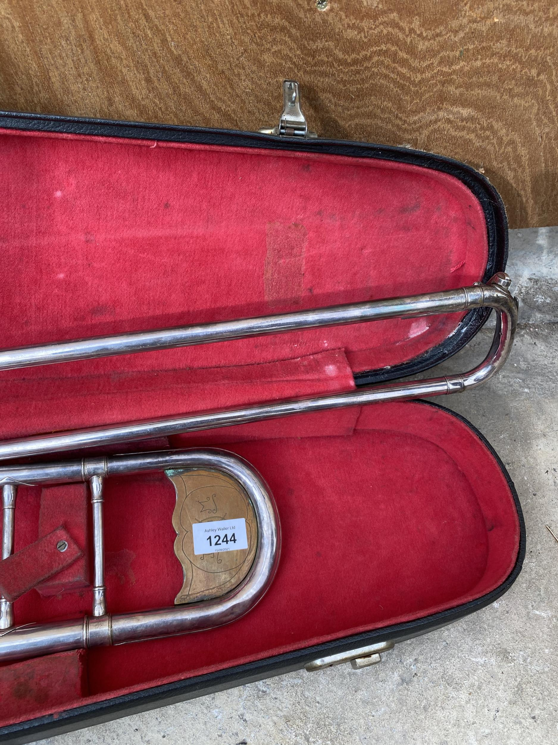 A VINTAGE AND CASED TROMBONE - Image 2 of 4