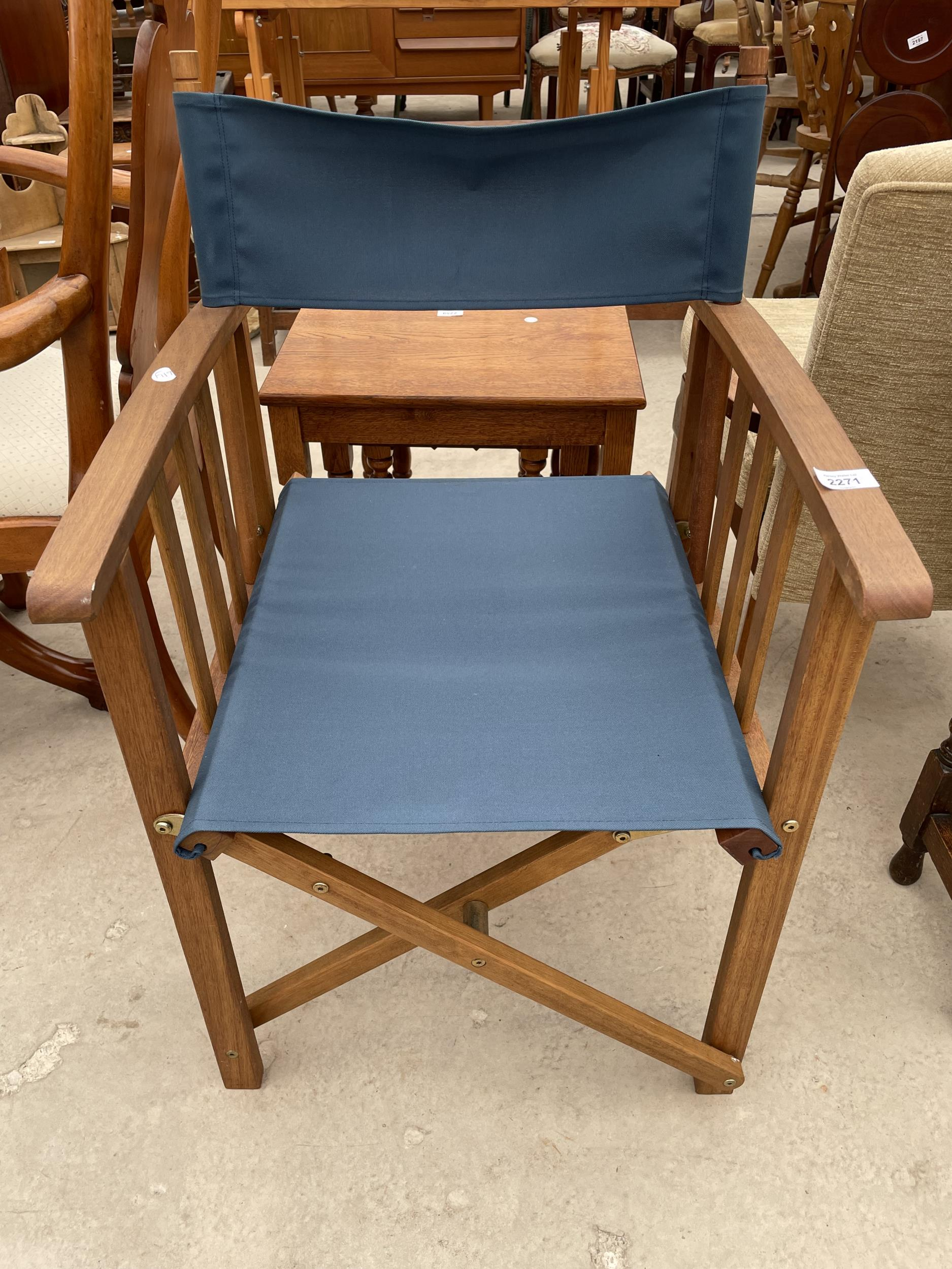 A ROYALCRAFT DIRECTORS STYLE CHAIR
