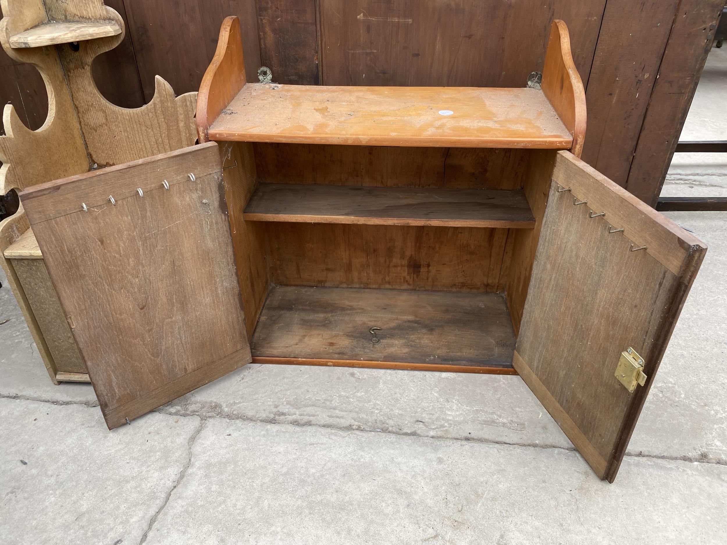 A PINE CORNER SHELF AND TWO DOOR WALL CUPBOARD - Image 3 of 3