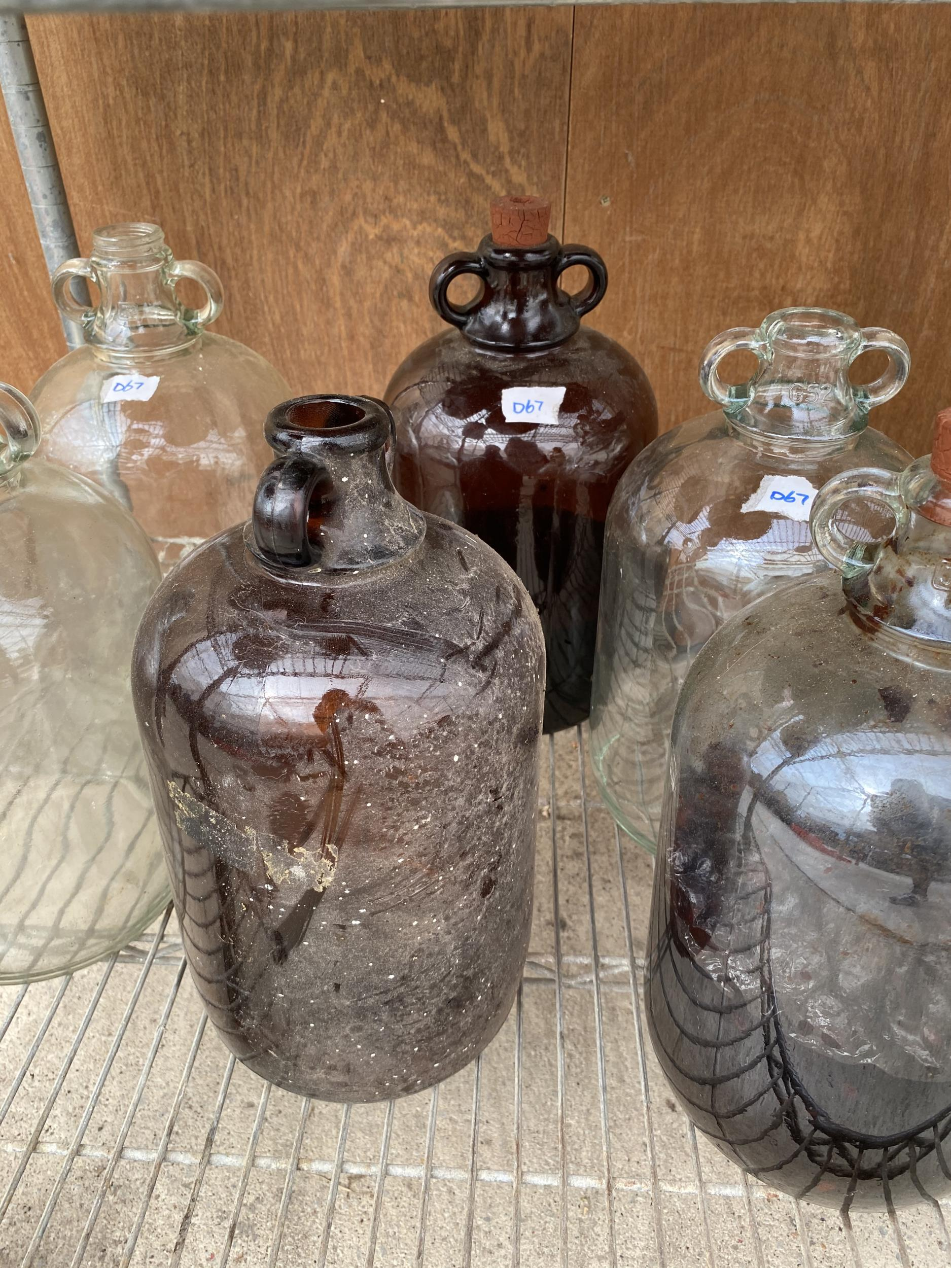 A GROUP OF SIX VINTAGE GLASS DEMI JOHNS - Image 3 of 4