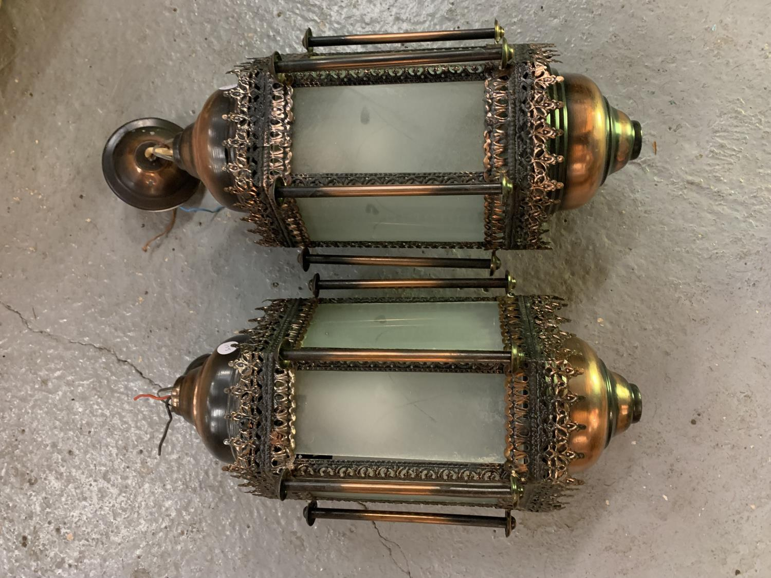 TWO MORROCAN STYLE LIGHTS WITH GLASS PANELS