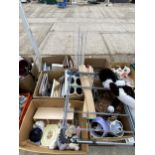 AN ASSORTMENT OF HOUSEHOLD CLEARANCE ITEMS TO INCLUDE GLASS WARE AND PICTURES ETC
