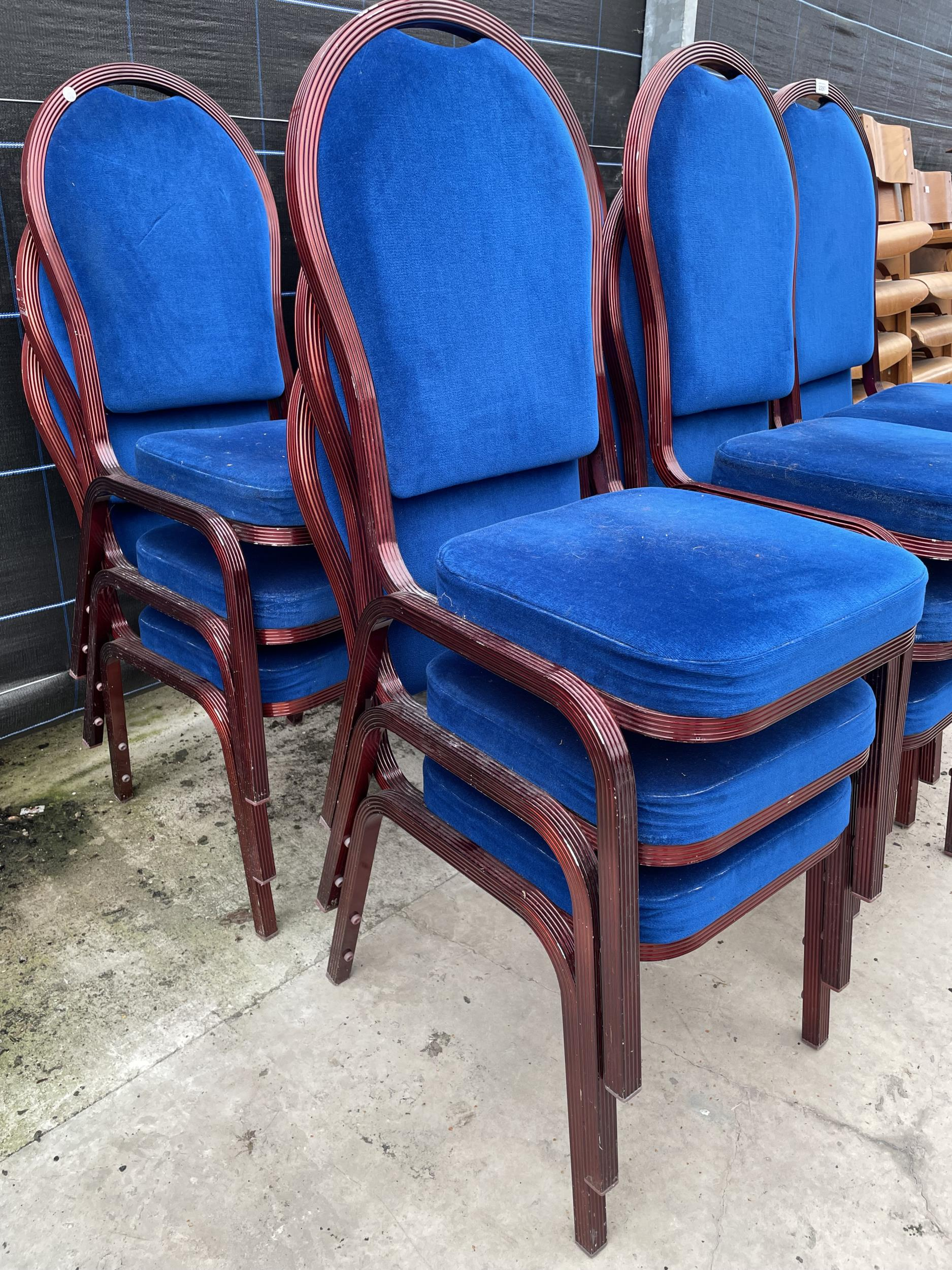 EIGHTEEN MODERN STACKING CHAIRS - Image 2 of 3