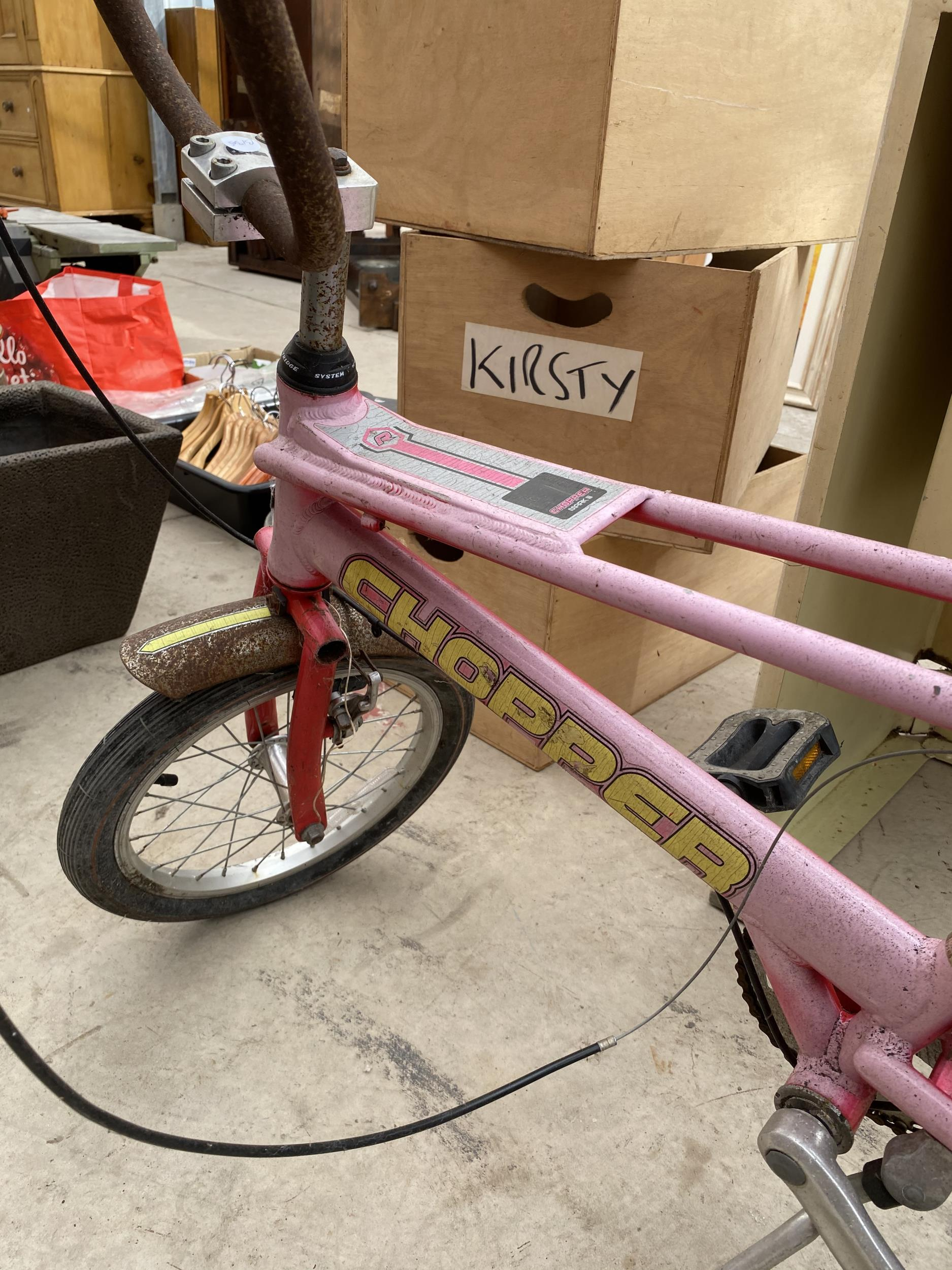 A RALEIGH CHOPPER MARK 3 BICYCLE - Image 2 of 7