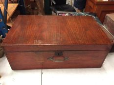 A LARGE WOODEN HINGE LIDDED BOX WITH DOVETAIL JOINT EDGES AND HANDLE