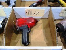 (1) Pneumatic Impact Gun