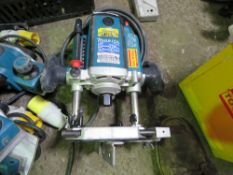 MAKITA 110VOLT ROUTER. UNTESTED, CONDITION UNKNOWN.