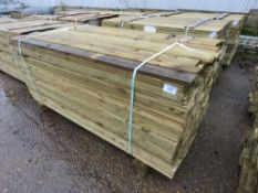 LARGE PACK OF FEATHER EDGE TIMBER FENCE CLADDING. 1.80M LENGTH X 10.5CM WIDTH APPROX.