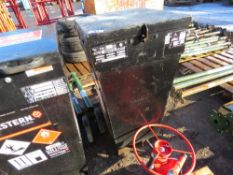 WESTERN 107 LITRE DIESEL FUEL KADDI TYPE BOWSER BARROW, YEAR 2012. DIRECT FROM LOCAL COMPANY DUE TO