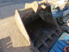 LARGE EXCAVATOR BUCKET ON 65MM PINS, 4FT WIDE APPROX.