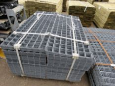 PALLET CONTAINING APPROXIMATELY 300NO MESH GRILLE PANELS, GALVANISED. 53.5CM X 137CM APPROX.