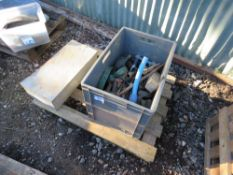 PALLET OF UTILITY CONTRACTORS RELATED ITEMS.