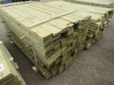 EXTRA LARGE PACK OF TREATED FEATHER EDGE FENCE CLADDING TIMBER, 1.75M LENGTH X 10CM APPROX.