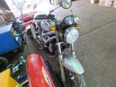 SUZUKI SV650 K2 MOTORBIKE REG:VU52 YBL. CONDITION UNKNOWN, LOG BOOK TO APPLY FOR. NO KEYS.SOLD FOR S