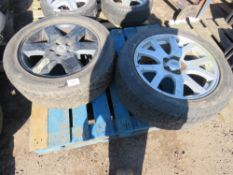 2 X RANGE ROVER/LANDROVER WHEELS AND TYRES 255 50R19.