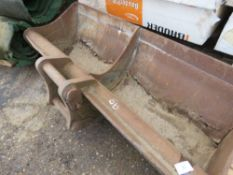 6FT GRADING BUCKET ON 60MM PINS FOR REPAIR