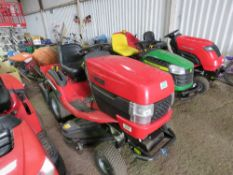 WESTWOOD T60 PETROL RIDE ON MOWER. HYDRO DRIVE. WHEN TESTED WAS SEEN TO RUN AND DRIVE AND BLADES EN