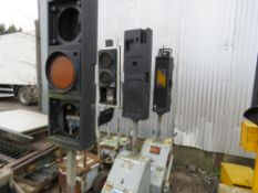 3 X PIKE MOBILE TRAFFIC LIGHTS FOR SPARES/REPAIR.