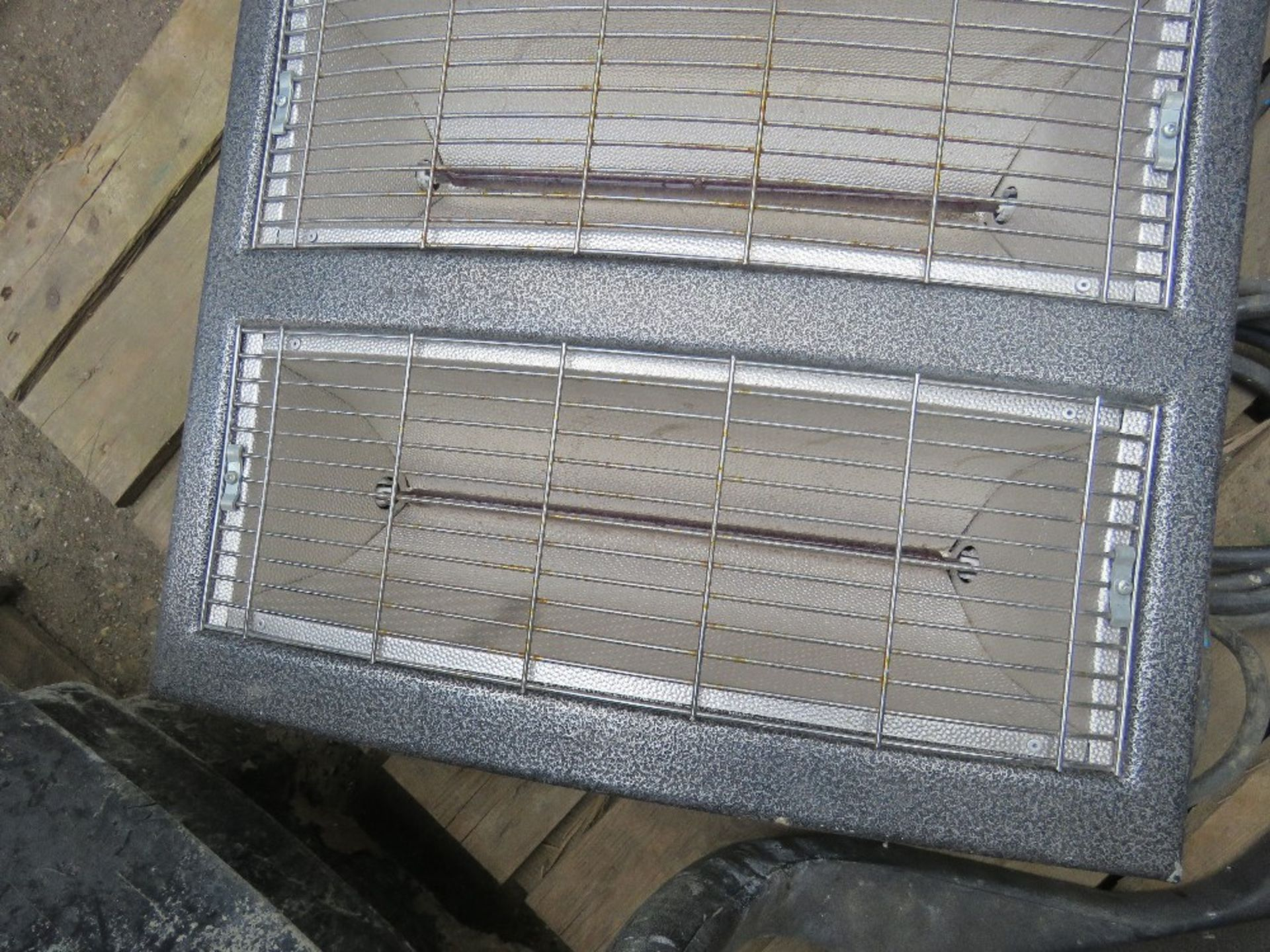 2 X RADIANT HEATERS. - Image 2 of 2