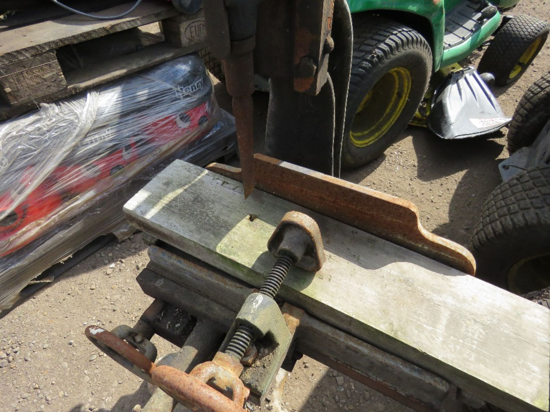 MANUAL OPERATED MORTICER. - Image 4 of 4