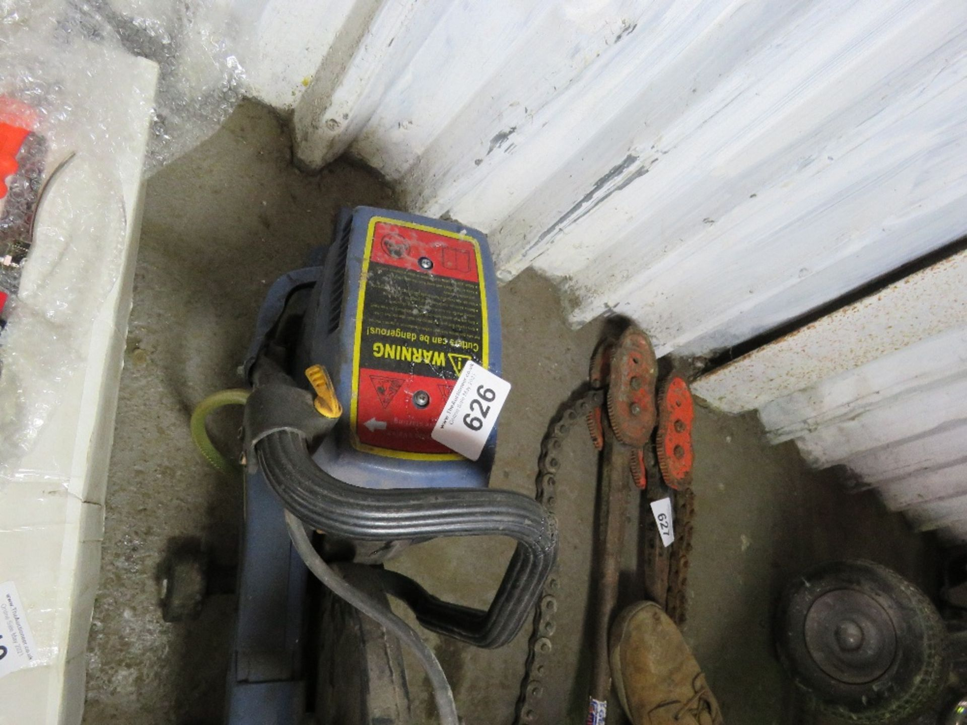 PETROL ENGINED CUT OFF SAW. - Image 2 of 2