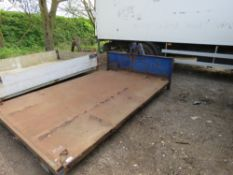 FLAT BED PLANT HOOK LOADER PLANT BODY 10FT APPROX.