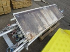 PALLET OF ASSORTED SCAFFOLD TOWER PARTS.