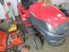 CASTLEGARDEN XJ145HD HYDRO RIDE ON MOWER. WHEN TESTED WAS SEEN TO RUN, DRIVE AND MOWERS ENGAGED. NO
