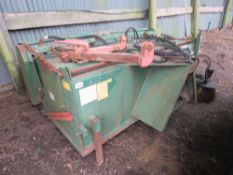 SUTON / GURNEY REEVE 2.2M WIDE HYDRAULIC POWERED YARD BRUSH WITH COLLECTOR AND GUTTER BRUSH.