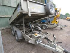 IFOR WILLIAMS TT3017 TWIN AXLED TIPPING TRAILER WITH KEYS AND BOOKS. ONE OWNER FROM NEW. 10FT X 5FT.