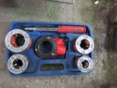 SET OF DRAPER MANUAL PIPE THREADER HEADS SOURCED FROM DEPOT CLEARANCE.