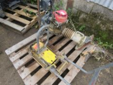 BOMAG TRENCH COMPACTOR PLUS COMPACTION PLATE BASE. SOURCED FROM MAJOR ROAD CONTRACTOR.