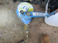 G SAVER MANHOLE RECOVERY WINCH UNIT, UNTESTED.