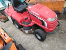 HONDA 2417 HYDRO MOWER WITH COLLECTOR. WHEN TESTED WAS SEEN START RUN AND DRIVE AND BLADES TURNED BU