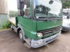 MERCEDES 7.5TONNE FLAT BED LORRY REG:GN55 NUP. MANUAL GEARBOX. STEEL CHEQUER PLATE BODY, 12FT LENGTH